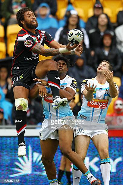 Manu Vatuvei of the Warriors catches the high ball to setup a try in the first half during the round eight NRL match between the New Zealand Warriors...