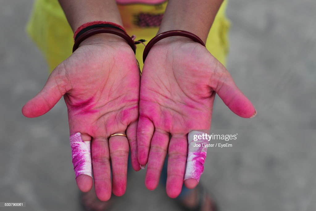Manual Worker Showing Stained Hands : Foto stock