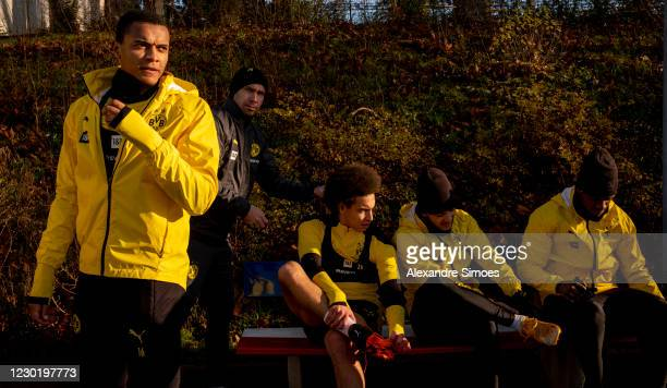 Manuel Akanji, Axel Witsel. Jadon Sancho and Dan-Axel Zagadou of Borussia Dortmund during a training session prior to the Bundesliga match between 1....