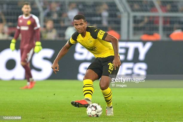 Manuel Akanji of Borussia Dortmund controls the ball during the Bundesliga match between Borussia Dortmund and Eintracht Frankfurt on September 14...
