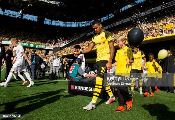 Manuel Akanji of Borussia Dortmund prior to the Bundesliga match between Borussia Dortmund and FC Augsburg at the Signal Iduna Park on October 06...