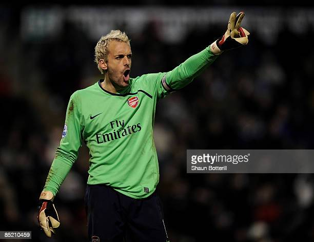 Manuel Almunia of Arsenal during the Barclays Premier League match between West Bromwich Albion and Arsenal at The Hawthorns on March 3, 2009 in...
