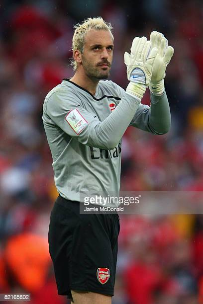 Manuel Almunia of Arsenal reacts during the preseason friendly match between Arsenal and Real Madrid during the Emirates Cup at the Emirates Stadium...