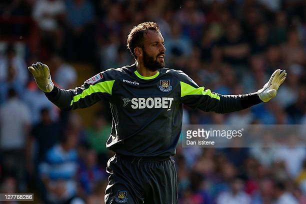 Manuel Almunia of West Ham reacts during the npower Championship match between Crystal Palace and West Ham United at Selhurst Park on October 1, 2011...