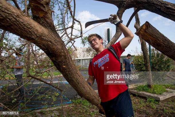 Manuel Arrieta a political science student participates in voluntary cleaup works at the University of Puerto Rico on October 3 2017 The campus...