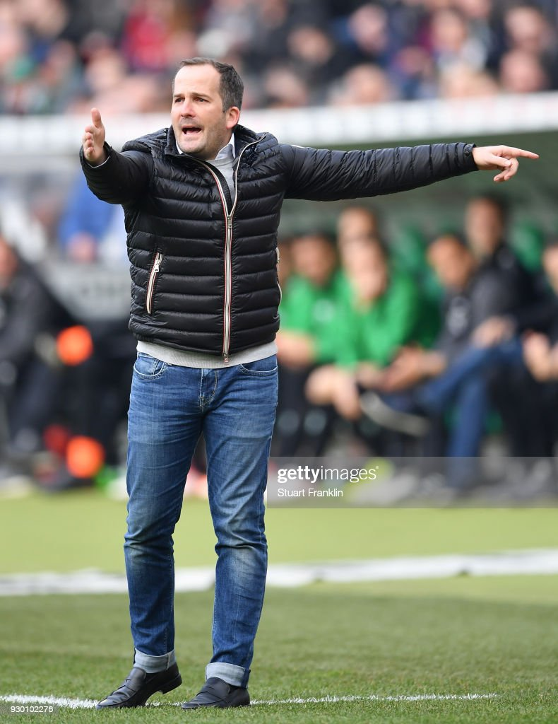 Manuel Baum, head coach of Augsburg gestures during the Bundesliga match between Hannover 96 and FC Augsburg at HDI-Arena on March 10, 2018 in Hanover, Germany.