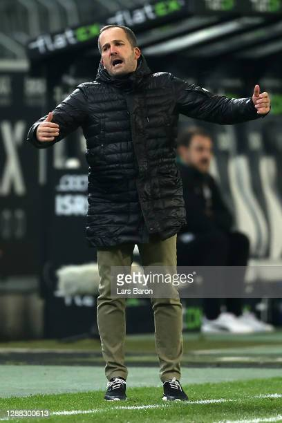 Manuel Baum, Head Coach of FC Schalke 04 reacts during the Bundesliga match between Borussia Moenchengladbach and FC Schalke 04 at Borussia-Park on...