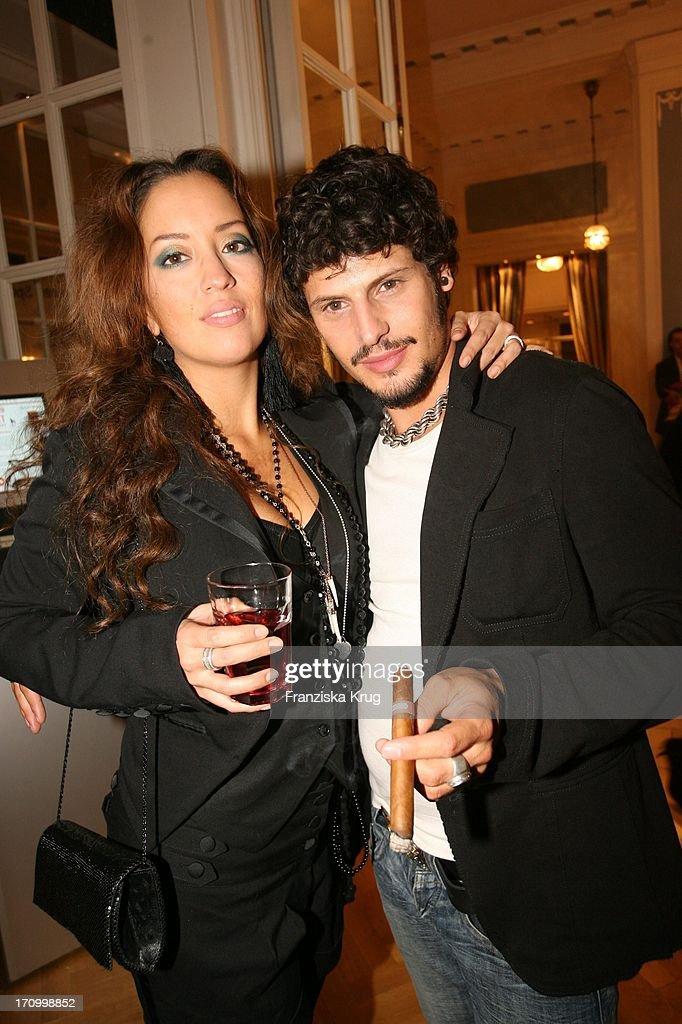 Manuel Cortez Und Freundin Myabi Kawai Beim Event