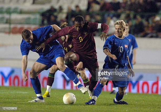 Manuel Fernandes during Portugal vs Slovakia friendly match in Lisbon Portugal on March 23 2007