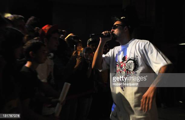 Manuel Gonzalez Rodriguez of Tote King performs at FNAC Triangle for promoting their latest disc 'El lado oscuro de Gandhi' on October 8 2010 in...