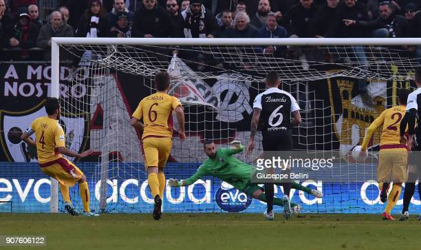 Manuel Iori of AS Cittadella 1973 kicks the penalty and scores goal 11 during the serie B match between Ascoli Picchio and AS Cittadella at Stadio...