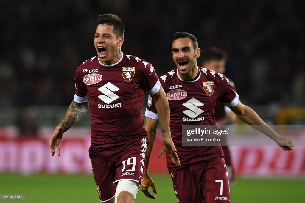 Manuel Iturbe (L) of FC Torino celebrates a goal during the Serie A match between FC Torino and UC Sampdoria at Stadio Olimpico di Torino on April 29, 2017 in Turin, Italy.