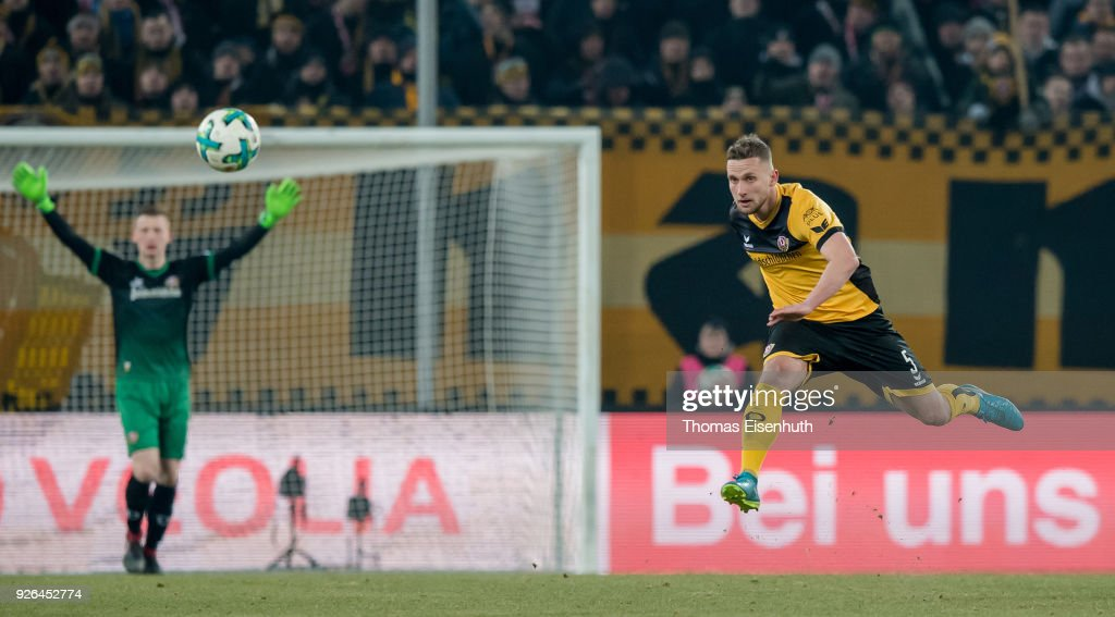 Manuel Konrad of Dresden in action during the Second Bundesliga match between SG Dynamo Dresden and SV Darmstadt 98 at DDV-Stadion on March 2, 2018 in Dresden, Germany.