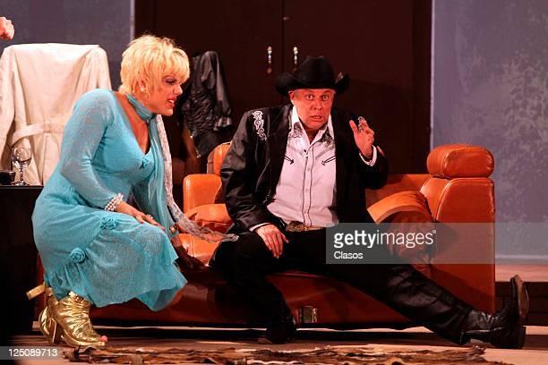 Manuel Landeta Alexis Ayala in presentation of the play Divorciemonos mi Amor at Blanquita Theater in Mexico City
