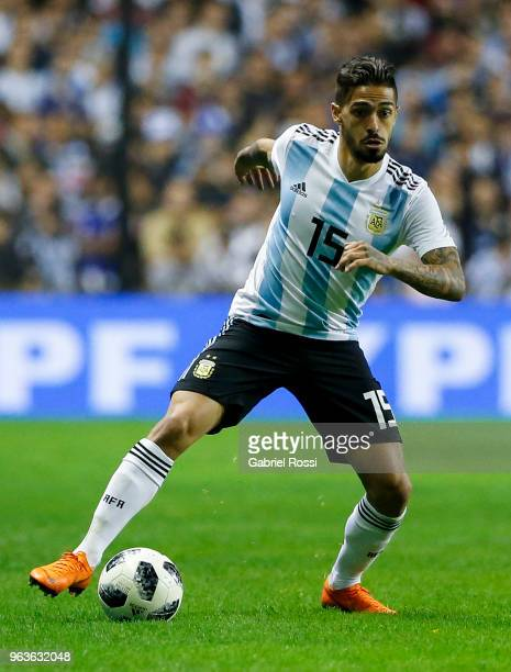 Manuel Lanzini of Argentina controls the ball during an international friendly match between Argentina and Haiti at Alberto J Armando Stadium on May...