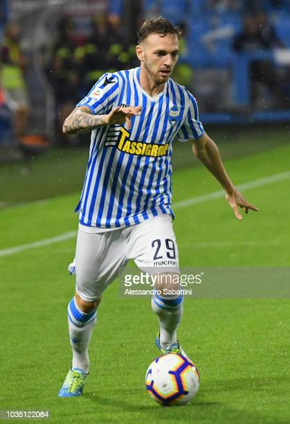 Manuel Lazzari of Spal controls the ball during the serie A match between SPAL and Atalanta BC at Stadio Paolo Mazza on September 17, 2018 in...