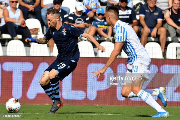 Manuel Lazzari of SS Lazio in actionduring the Serie A match between SPAL and SS Lazio at Stadio Paolo Mazza on September 15, 2019 in Ferrara, Italy.
