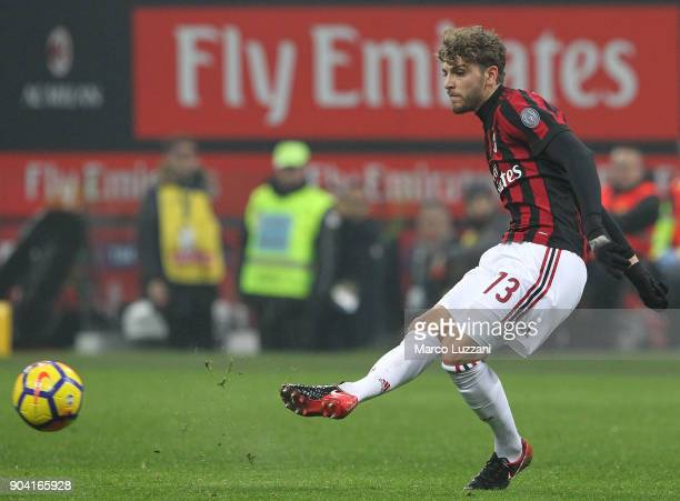 Manuel Locatelli of AC Milan in action during the serie A match between AC Milan and FC Crotone at Stadio Giuseppe Meazza on January 6 2018 in Milan...
