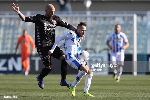 Manuel Marras of Pescara Calcio 1936 and Simone Calvano of Calcio Padova fight for the ball during the Italian Serie B 2018/2019 match between...