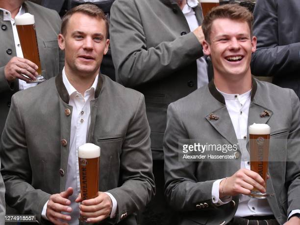 Manuel Neuer of FC Bayern Muenchen attends with his team mate Alexander Nübel the FC Bayern Muenchen and Paulaner photo session at Nockherberg on...