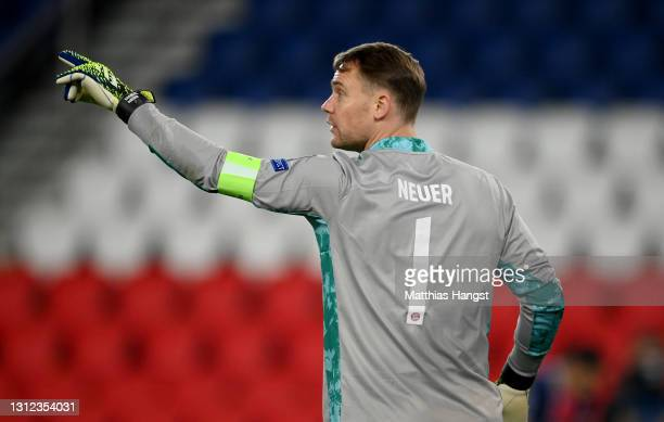 Manuel Neuer of FC Bayern Muenchen reacts during the UEFA Champions League Quarter Final Second Leg match between Paris Saint-Germain and FC Bayern...