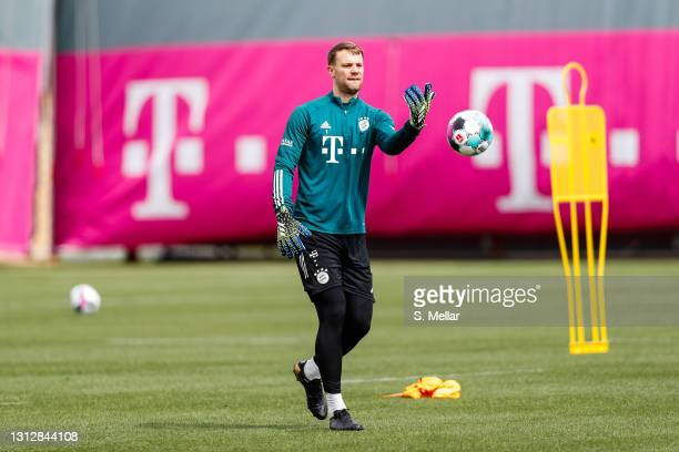 Manuel Neuer of FC Bayern Muenchen takes part in a FC Bayern Muenchen training session at Saebener Strasse training ground on April 16, 2021 in...