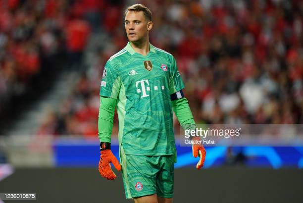Manuel Neuer of FC Bayern Munchen during the Group E - UEFA Champions League match between SL Benfica and Bayern Munchen at Estadio da Luz on October...