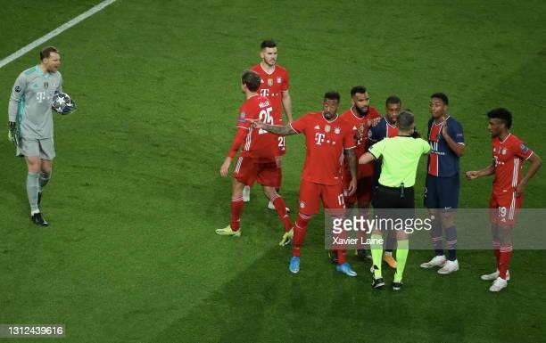 Manuel Neuer of FC Bayern Munich react with the referee during the UEFA Champions League Quarter Final Second Leg match between Paris Saint-Germain...