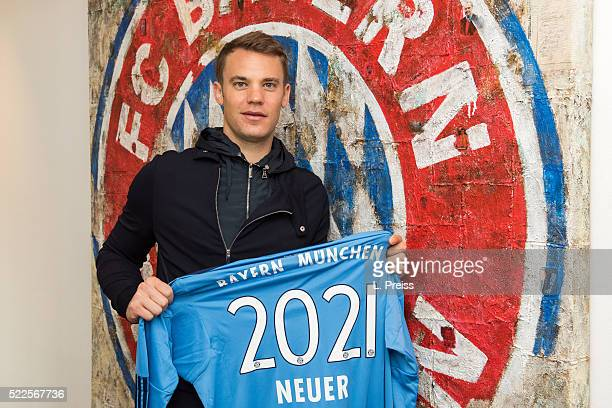 Manuel Neuer poses after signing an extension to his contract with FC Bayern Muenchen at Saebener Strasse on April 20 2016 in Munich Germany