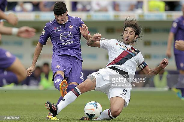 Manuel Pasqual of ACF Fiorentina in action during the Serie A match between ACF Fiorentina and Cagliari Calcio at Stadio Artemio Franchi on September...