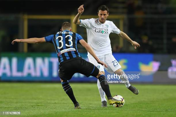 Manuel Pasqual of Empoli FC in action during the Serie A match between Atalanta BC and Empoli at Stadio Atleti Azzurri d'Italia on April 15 2019 in...