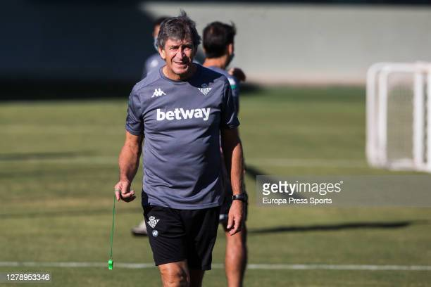 Manuel Pellegrini head coach gestures during a Real Betis Balompie training session at Luis del Sol Sport City on October 07 2020 in Sevilla Spain