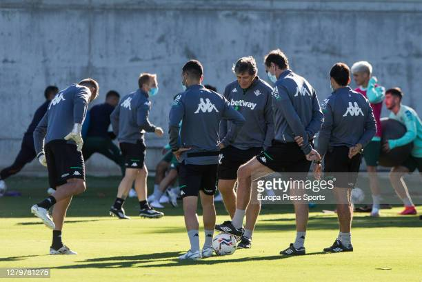 Manuel Pellegrini head coach is seen during the Real Betis Balompie training session at Ciudad Deportiva Luis del Sol on October 12 2020 in Sevilla...