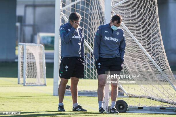 Manuel Pellegrini head coach is seen during the Real Betis Balompie training session at Luis del Sol Sport City on October 15 2020 in Sevilla Spain