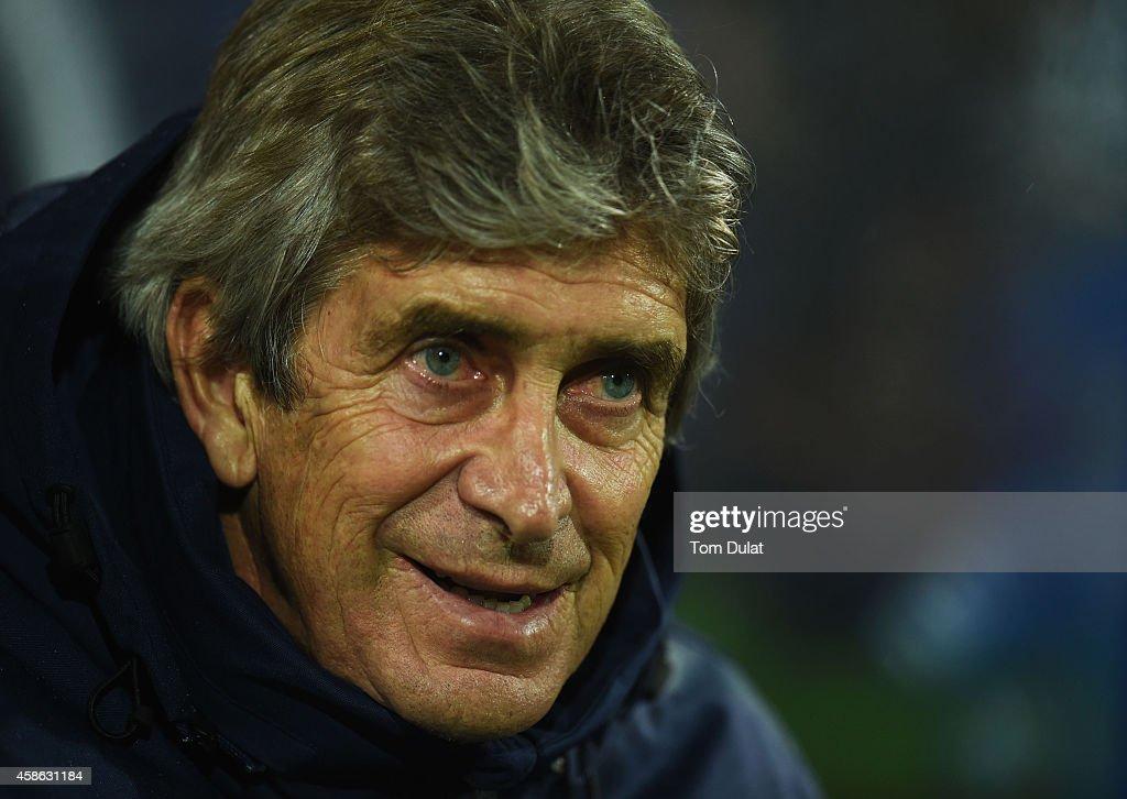 Queens Park Rangers v Manchester City - Premier League : News Photo
