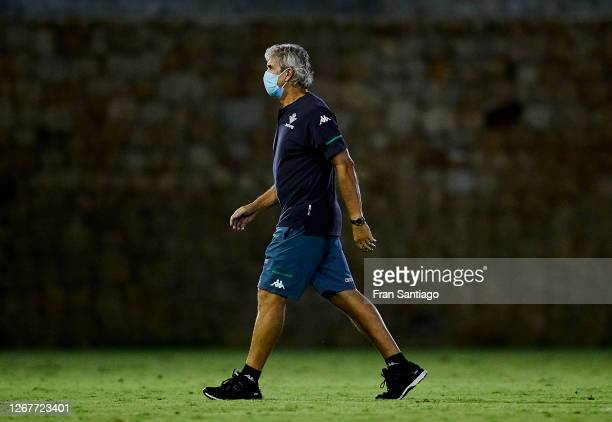 Manuel Pellegrini manager of Real Betis looks on during a preseason friendly match between Real Betis and Cadiz CF at Marbella football center on...