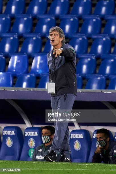 Manuel Pellegrini of Real Betis reacts during the La Liga Santander match between Getafe CF and Real Betis at Coliseum Alfonso Perez on September 29...