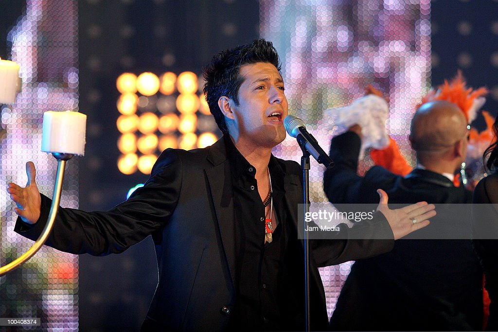 Manuel performs during the 9th concert of the reality show 'Second Chance', of TV Azteca, at Churubusco Studies on May 23, 2010 in Mexico City, Mexico.