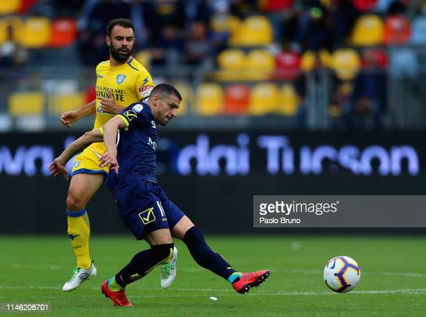 Manuel Pucciarelli of Chievo Verona in action during the Serie A match between Frosinone Calcio and Chievo Verona at Stadio Benito Stirpe on May 25,...
