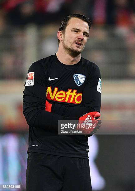 Manuel Riemann of Bochum looks dejected during the Second Bundesliga match between 1 FC Union Berlin and VfL Bochum 1848 at Stadion An der Alten...