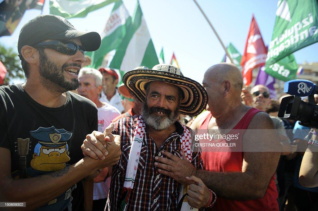 SPAIN-ECONOMY-POLITICS : News Photo