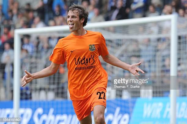Manuel Stiefler of Saarbruecken celebrates scoring his teams first goal during the Third League match between Arminia Bielefeld and 1 FC Saarbruecken...