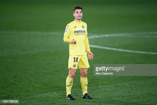Manuel Trigueros of Villarreal CF gestures during the La Liga Santander match between Villarreal CF and Atletico de Madrid at Estadio de la Ceramica...