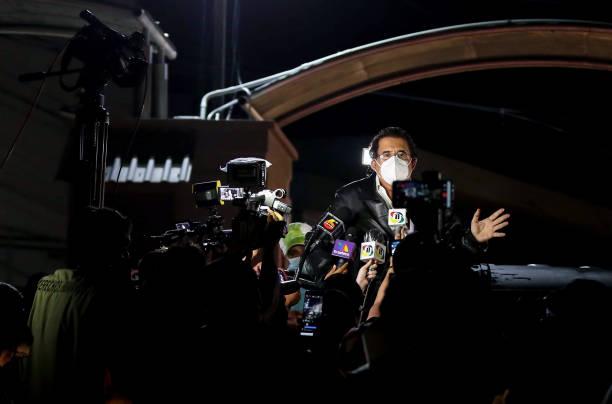 HND: Manuel Zelaya Former President of Honduras Held at Toncontin International Airport