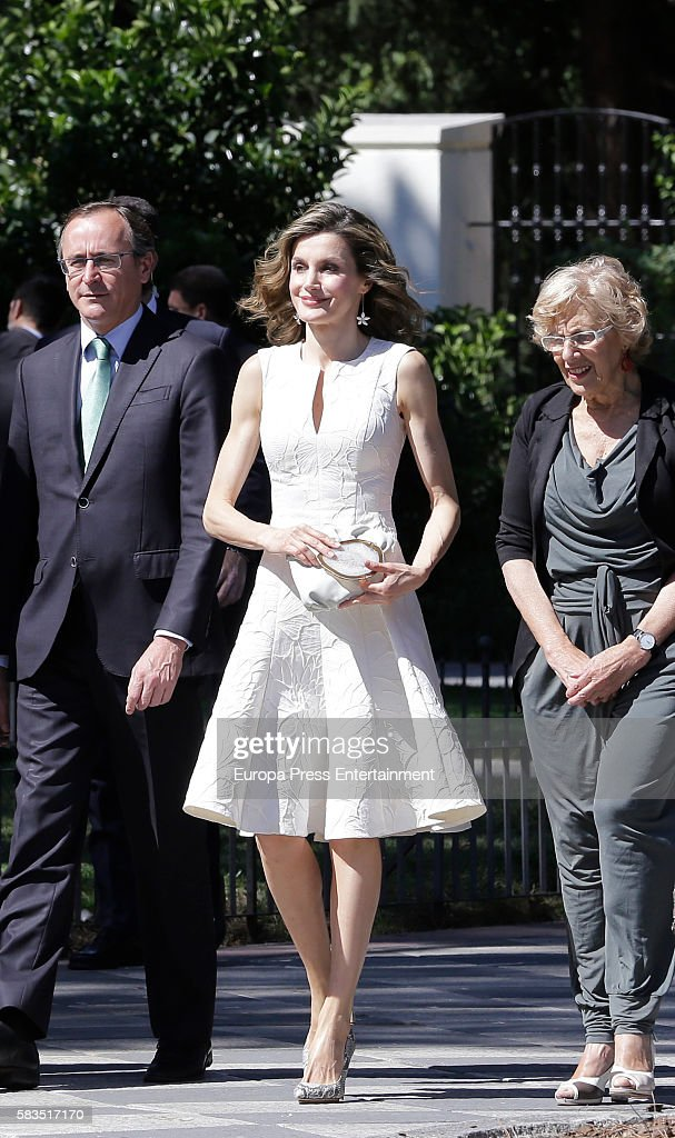 Queen Letizia Of Spain Attends FEDEPE Awards In Madrid : News Photo