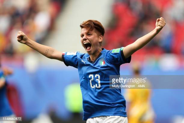 Manuela Giugliano of Italy celebrates victory after the 2019 FIFA Women's World Cup France group C match between Australia and Italy at Stade du...