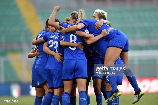Manuela Giugliano of Italy celebrates with teammates after scoring a goal during the UEFA Women's European Championship 2021 qualifier match between...