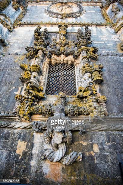 manueline window. convent of christ tomar. portugal. - nonnenkloster stock-fotos und bilder