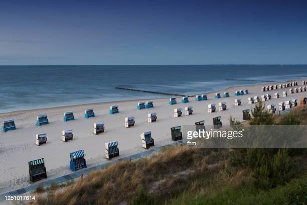 many beach chairs on the beach - ウセドム ストックフォトと画像
