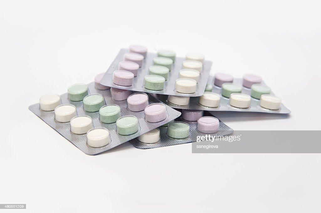 Muitos diferentes coloridas medicamento e pílulas : Foto de stock